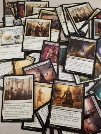 1000 Bulk  CARDFIGHT VANGUARD Card Lot /& FREE GAME MAT BLOWOUT